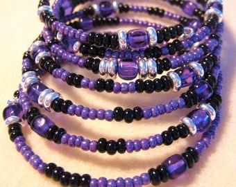 Handmade Beaded Memory wire Bracelet, Glass Beads, Purple, Sterling silver, Black Beads, Bangle Bradelet, Memory Wire, Artisan Design