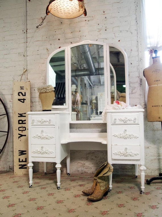 Painted Cottage Chic Shabby White French Vanity