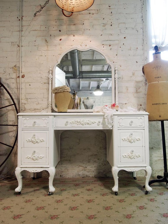 Painted Cottage Chic Shabby White Vintage Vanity VAN241