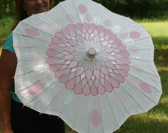 Parasol Flower Shaped - pink crystal pattern on white parasol