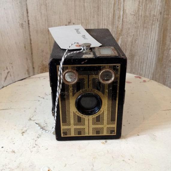 Brownie Junior 620 Vintage  Camera