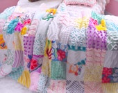 GORGEOUS WARM SNUGGLY Vintage Chenille Patchwork Quilt Throw Size