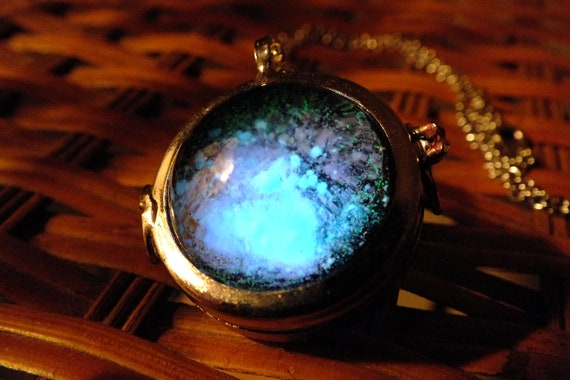 Glow In The Dark Silver Glass Orb Galaxy Necklace