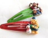 READY TO SHIP Holiday Bear Hair Clips, Snap clips, a pair, children baby hair accessories, Teddy Bear, Red Green Holiday gift