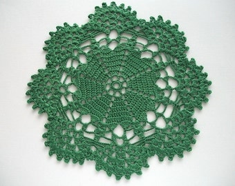 Green Crochet Doily Hearts Center with Fan Edge Heirloom Quality