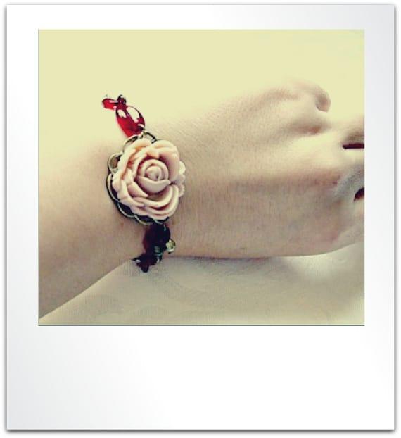 Pale Pink Resin Rose Bracelet