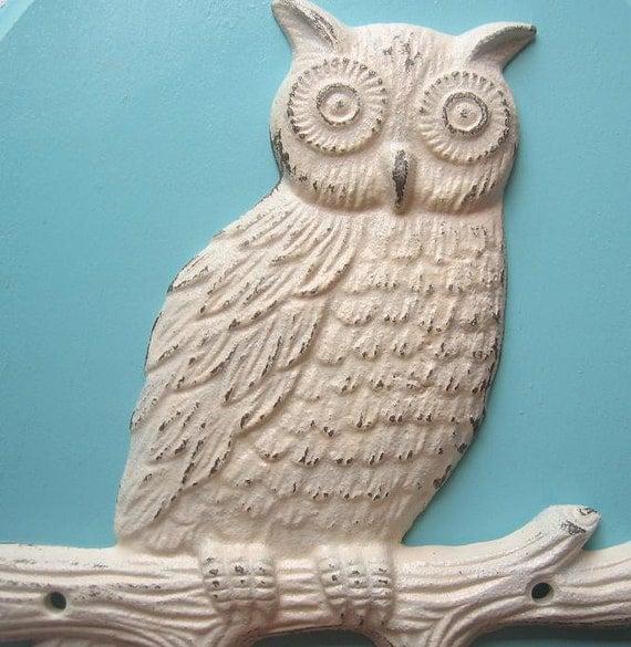 Rustic White Cast Iron Owl Hook/ Hanger