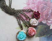 The Perfect Bridesmaid Gift Set, Vintage Lockets a Mix a Color Roses Set of  Four (4) necklaces, Bridesmaids Gifts