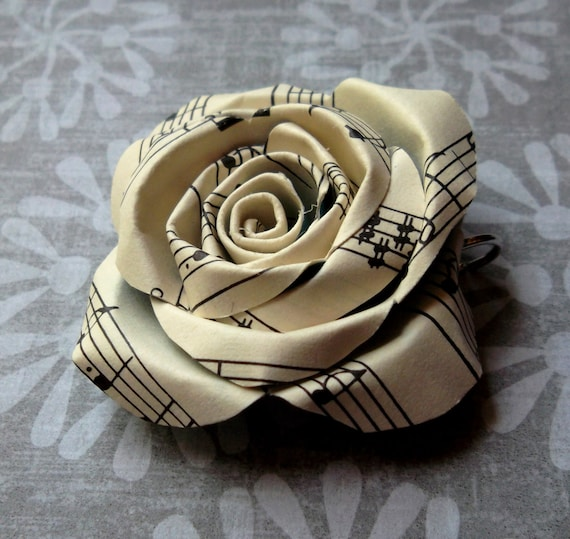 Vintage sheet music paper rose pendant by scriptedsundries for Paper roses sheet music free