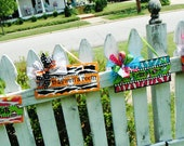 ORigInaL  SEASONAL arTwORk.....WhImsIcaL hand painted....custom and   Personalized name plaques