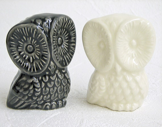 ceramic owl wedding cake toppers items similar to ceramic owl figurines wedding cake 12489