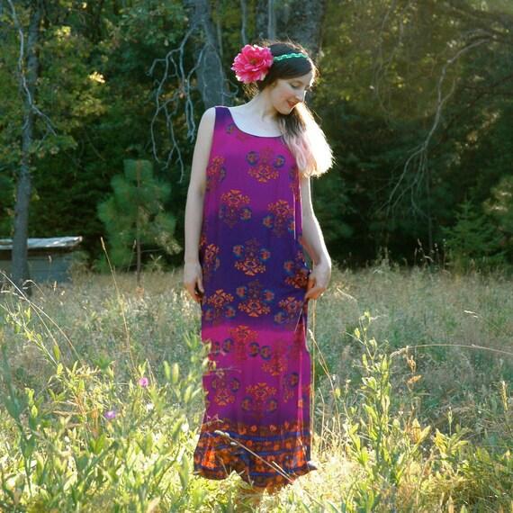Vintage 90s Boho Maxi Dress.... Sleeveless Maxidress... TROPICAL AURA (m/l)