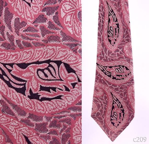 Mens Gift / 70s Wide Silk Tie / Dusty Pink Paisley Tie