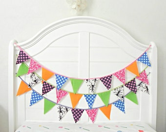 Colorful Pumpkin Halloween Fabric Bunting Pennant Garland Decoration 9 Feet / Vintage Carnival Style