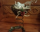 Silver Bird - Rusty Bed Spring & Horse Shoe, Bird Nest Christmas Decoration