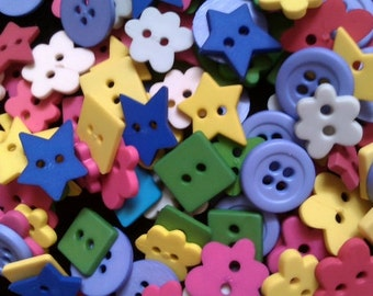 100 pcs Mix Buttons 2 and 4 holes - mix shape