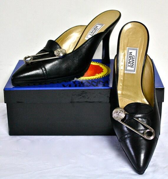 Vintage Gianni Versace Safety Pin Sunglasses Mod 427 Col 279: Vintage GIANNI VERSACE Shoes Black Leather Medusa Safety Pin