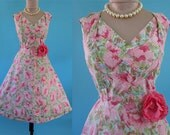 Vintage 1950's 50's //Pink Rose Print Lattice Flanged Bust Work // So Mad Men Garden Party to Cocktail Party Dress