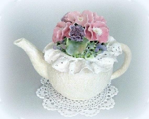 Shabby Chic Centerpiece Teapot Decor Pink Floral Arrangement Cottage Chic Flower Arrangement Pansy Clay Sculpture Decoration Ceramic White