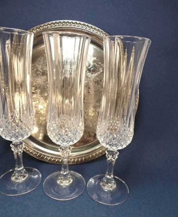 4 vintage cristal d 39 arques french champagne flutes. Black Bedroom Furniture Sets. Home Design Ideas