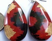 Red Ikat Teardrop 2