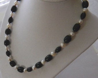 Black and White Beaded Necklace, Wood and Freshwater Pearl Necklace, Wood beads, Black Wood beaded necklace