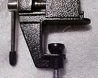 Mini Jewelers bench vise, silversmithing, jewelry making tools, Goldsmithing Silversmith tools