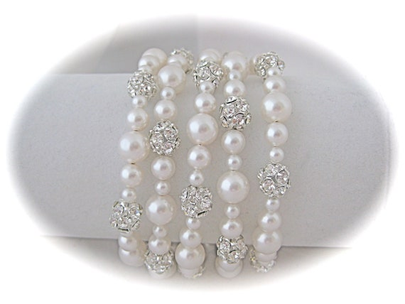 Bridal bracelet, pearl bracelet, cuff bracelet, wedding jewelry with Swarovski Pearls and Rhinestone crystals