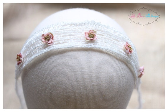 pink and cream crochet halo/tieback with mini flower accents