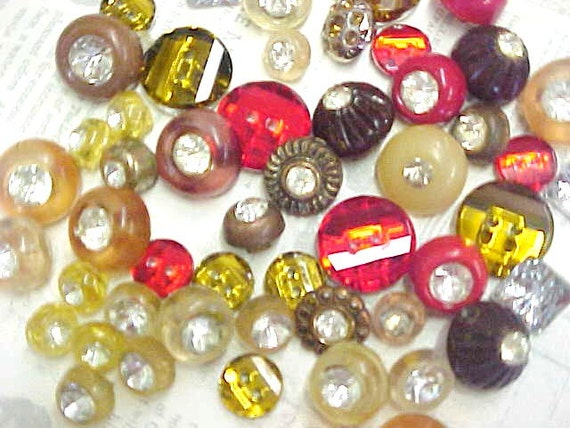Bit of Bling Vintage Plastic Rhinestone Sewing Buttons Fashion Embellishments Estate Lot
