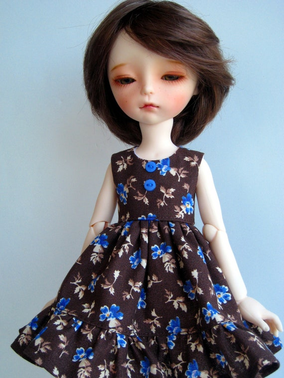 Brown Floral Sleeveless Dress for Imda 3.0 Tiny bjd Littlefee Crobidoll Blue Flowers Tan Brown Leaves and Stems