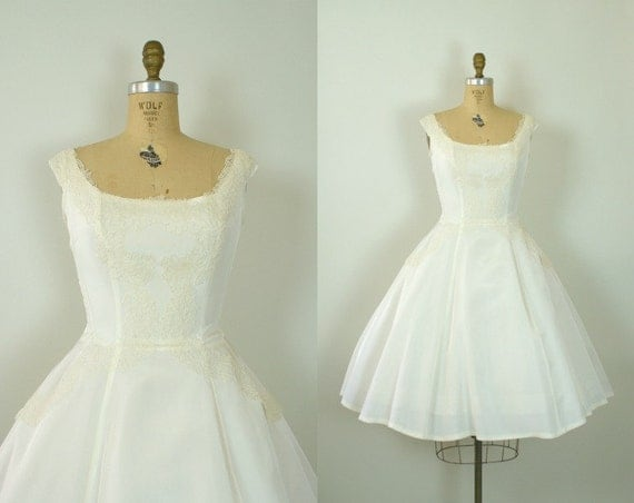 Vintage 1950s Wedding Dress -- Ivory Taffeta and Lace Tea Length  Wedding Gown -- Forever After