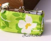Lipbalm Lipstick case silver frame fresh green white flower