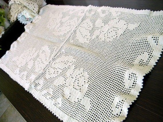 Short Crocheted Table Runner or Placemat in Light Ecru 8238 Black Friday / Cyber Monday