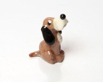 Hagen Renaker Hound Dog Tri Color Figurine - 1960s Ceramic