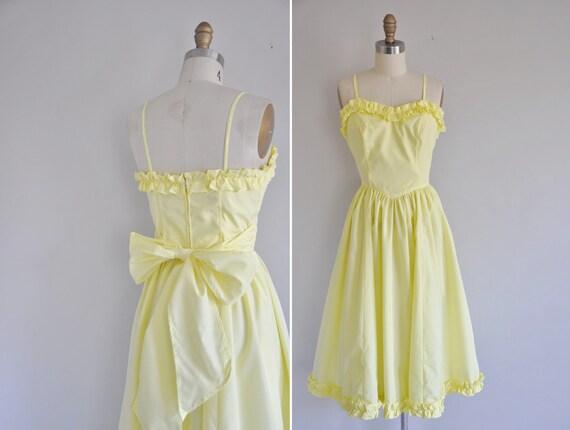 vintage 1960s dress / 1960s 60s pastel yellow vintage dress / Yellow Submarine