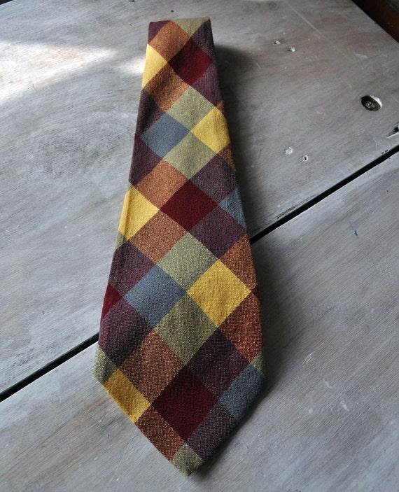 20s-30s plaid wide tie