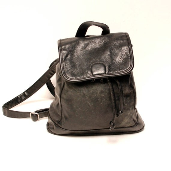 LEATHER BACKPACK black multi pocket