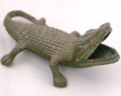 Gecko Lizard Soviet Ash Tray - Cast Iron Ashtray - 1970s from Russia / Soviet Union / USSR