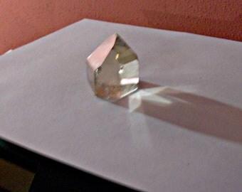 2.6oz clear quartz with phantom