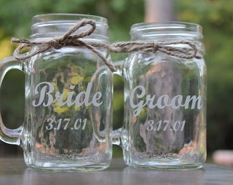 2 Engraved  Mason Jars Mugs, Toasting mugs, Personalized Mason Jars Mug, Couple gift, Wedding gift, Engagement Gift,