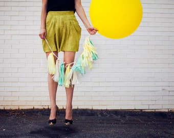 Balloon Tassels (Set of 6): Mint and Yellow