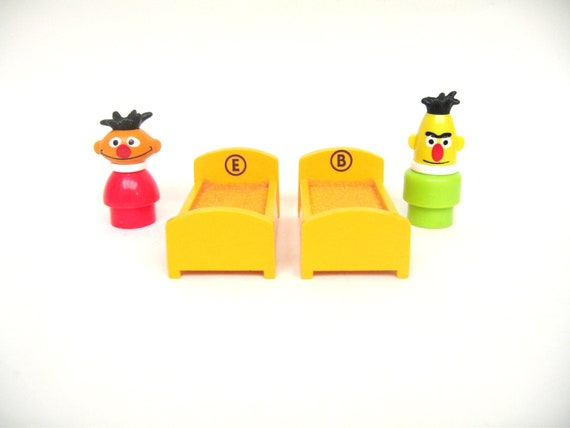 Vintage Fisher Price Bert, Ernie and Beds