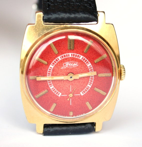 Mens watch Pobeda red face watch gold covered watch