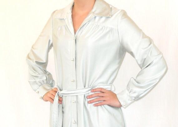 Silky Sputnik 70s Silver Mod Shift Dress
