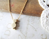 HERE KITTY kitty cat charm necklace (gold)
