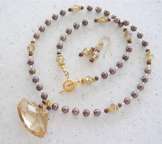 Light Topaz, Pearls and Gold Necklace and Earrings