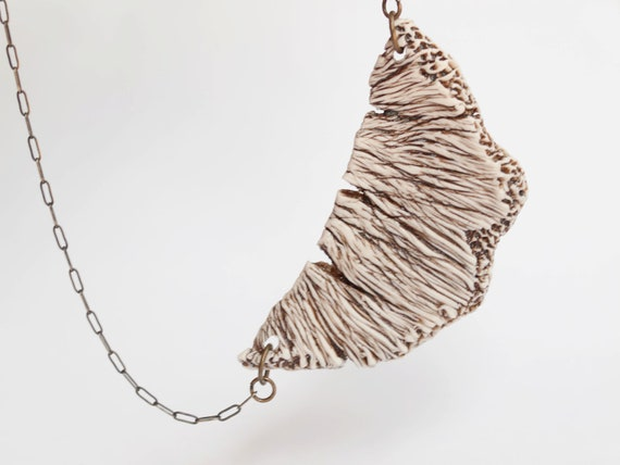 Porcelain Necklace with texture and details of mushroom , coral