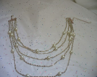 1990s Five Strand  Large Faux Pearls and SIlver Linked Chain Necklace.