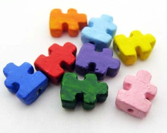 4 Tiny Puzzle Beads - CB904